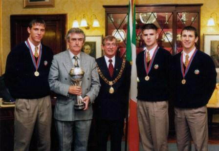 Members of the Irish U16 European Championship winners 1998 image